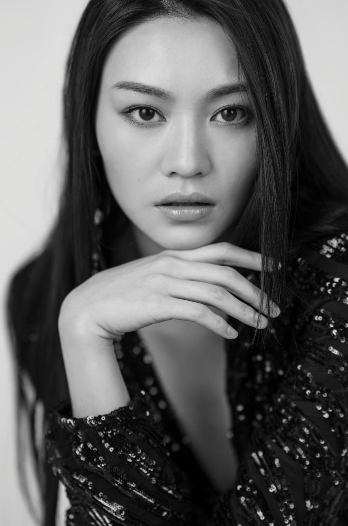 woman portrait photo fashion fine art artistic hk